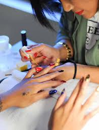 nail art design technician