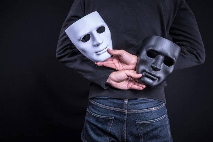"""「裏の顔」の画像検索結果"""""""