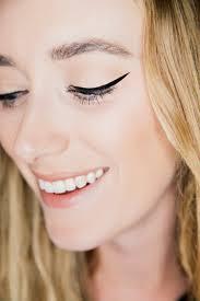 cat eye liner tutorial eat sleep wear