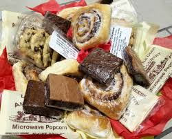 amish country lovin basket candy food