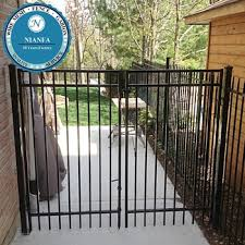 6ft Ornamental Wrought Iron Railings Fence Modern Gates And Fences Design Guangzhou Factory Buy Metal Modern Gates Design And Fences European Wrought Iron Fence Design Modern Gates And Fences Design Product On Alibaba Com