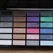 sephora artist color box makeup palette