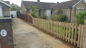 Picket Fencing Project In Peterborough Oakfield Uk Ltd Peterborough Fencing Company