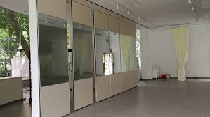 movable folding partition wall system
