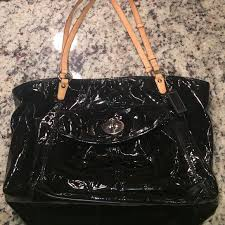 coach black patent leather purse with