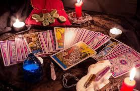 Voyance et amour : comment utiliser les cartes pour prévoir ses futures conquêtes ? | Le Blog Voyance