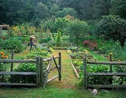 Vegetable Garden Design With Wooden Fence Christophe G Pctr Up
