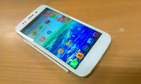 Micromax Canvas 4 A210 – One Heck ...