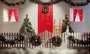 9 Outdoor Christmas Decoration Ideas To Light Up Your Yard