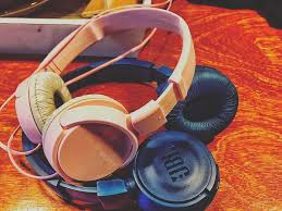 "Roel buitenhuis on Twitter: ""His and her headphones from me and ..."