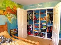 Trendy Kids Closet Walls