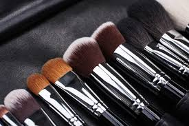 rules for clean makeup reader s digest