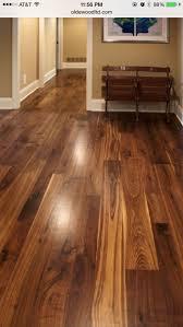 vs narrow plank hardwood flooring