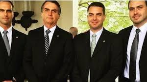 BNews | Política - Bandidos usam cartão de Bolsonaro e gastam R ...
