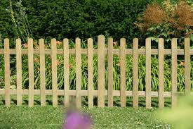 6ft X 3ft 1 83m X 0 9m Pressure Treated Ultima Pale Picket Fence Panel Pack Of 4 Timberworld