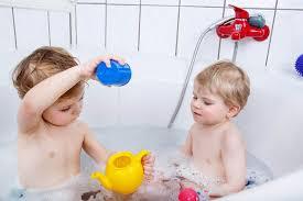 12 Fun Games to Make Baby Bath Time A Success