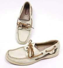 size 8 boat shoes beige white leather