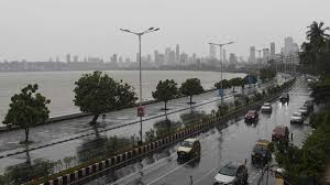 Cyclone Nisarga makes landfall in ...