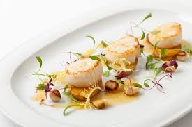 How to Open a Scallop - Great British Chefs