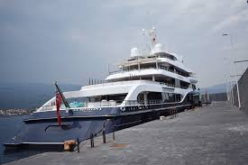 A Giardini Naxos il lussuoso yacht che fu di Aristotele Onassis ...