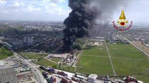 Esplosione e inferno a Marghera, scattato il piano di emergenza ...