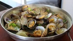 Clam stew (Jogaetang) recipe - Maangchi.com