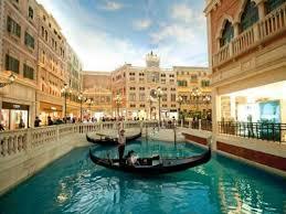 Hasil gambar untuk belanja di the venetian macao