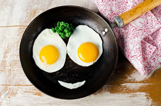 5 Bahaya Mengonsumsi Telur Ayam Terlalu Banyak, Picu Kolesterol Tinggi