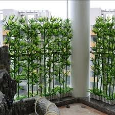 11 Privacy Fencing Ideas Make Your Garden Or Balcony Private And Hidden From View Of Neighbors Apartment Garden Small Balcony Garden Apartment Patio