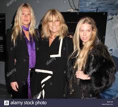 PATTI HANSEN and daughters THEODORA RICHARDS,ALEXANDRA RICHARDS 2 ...