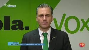 Javier Ortega Smith, 'número 2' de Vox, confirma que tiene una orden de  busca y captura