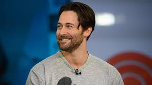 Ryan Eggold talks about 'New Amsterdam' (Charles Barkley's a fan!)
