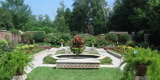 lauritzen gardens omaha ne 68108
