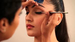 cat eye makeup tutorial in hindi