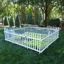 Zippity Outdoor Products 30 In High X 91 25 In Wide X 94 25 In Deep Vinyl Garden Pet Fence Pan Diy Garden Fence Cheap Garden Fencing Fenced Vegetable Garden