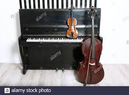 Piano Violin Cello Fotos E Imagenes De Stock Pagina 2 Alamy