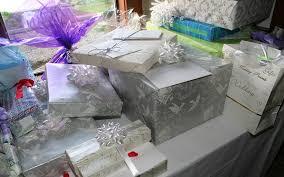 wedding gift list dos and don ts