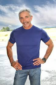 After 25 years, Aaron Tippin takes a 25-song look back — and ...