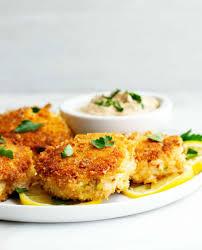 Easy Crab Cake Recipe - Pinch and Swirl
