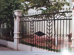 Ornate Wrought Iron Fence In Black With Unique Posts More Ideas About Wrought Iron Fences Iron Fence Shop Manufactures Fencing Trellis Gates Aliexpress