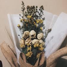 tentang seikat bunga yang layu sebuah kata rahmia khoerunnisa