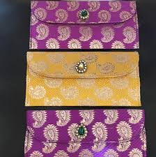 gift giving at indian weddings