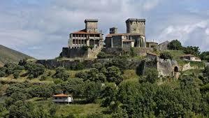 Los 15 castillos para viajar a la Galicia más medieval