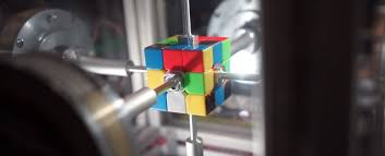 this robot can solve a rubik s cube in