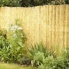 Fb Funkybuys Natural Garden Fence Screening Roll Privacy Fencing Border Wind Sun Protection Outdoor Height 1 5m 4 11 X Length 4m 13 2 Amazon Co Uk Garden Outdoors