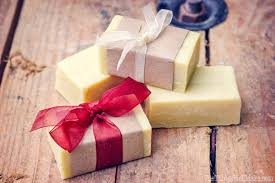making an easy basic beginner soap