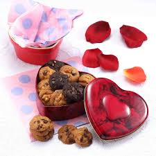 red heart tin 90g famous amos