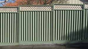 Turn Your Fence Into A Vertical Garden Amazing Fencing