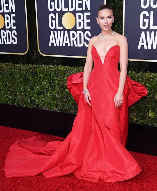 """Resultado de imagem para Scarlett Johansson golden globes 2020"""""""