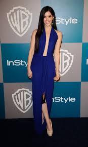 Golden Globes Fug/Fab Face-Off: Emma Roberts vs Erica Dasher - Go ...